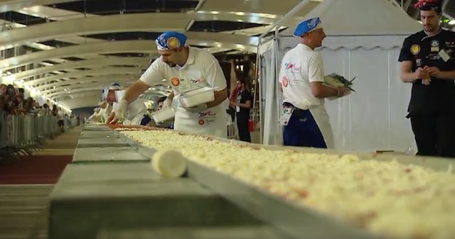 longest-pizza-milan-expo-youtube