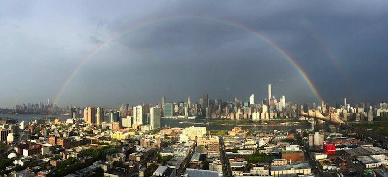 rainbow-over-world-trade-center-Twitter-BenSturner-leverageagency