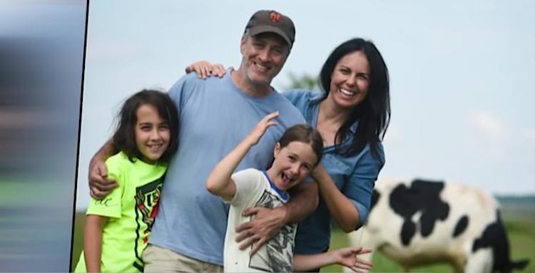 jon-stewart-family-Jo-AnneMcArthur-CBSvideo