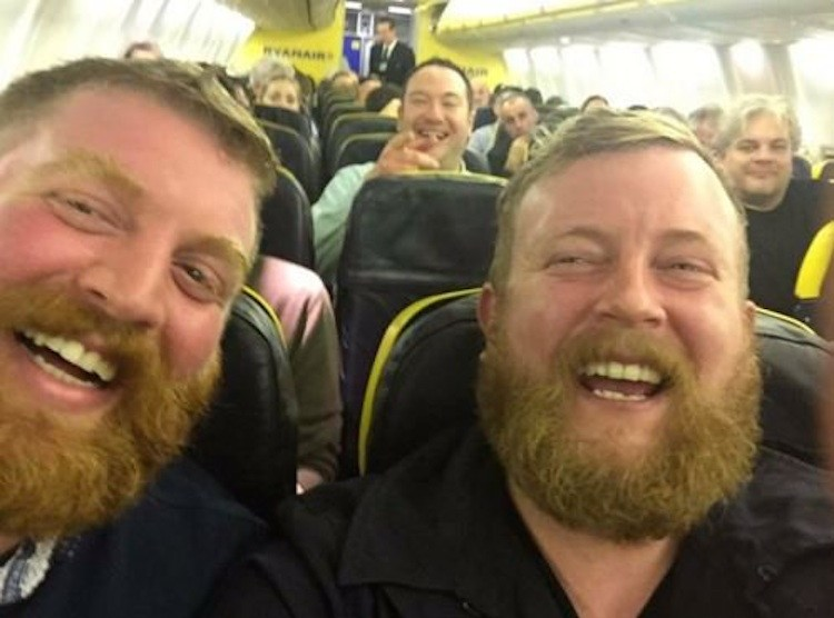 Neil Thomas Douglas and doppleganger on plane Twitter