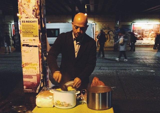 Refugee Alex Assali Helps Homeless Facebook Tabeau Bu