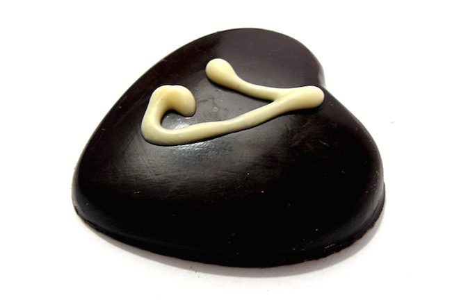 chocolate heart-CC-alvimann