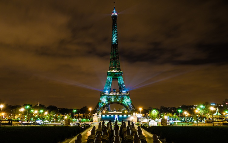 Eiffel Tower Goes Green CC Yann Caradec