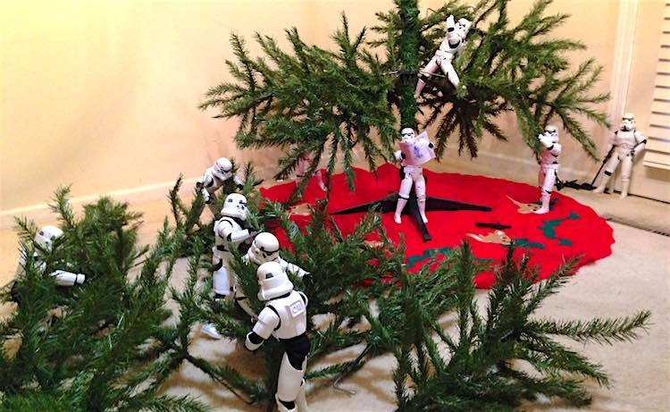 Stormtroopers and Darth Vader Put Up Christmas Tree in Hilarious ...