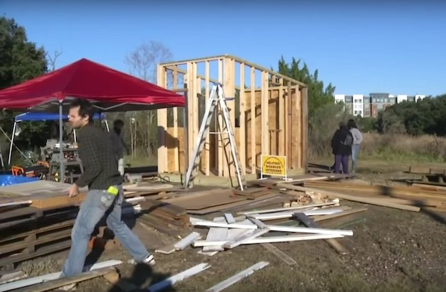 Charleston Tiny House Construction screenshot WCBD