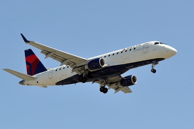 Delta regional jet CC Eric Salard