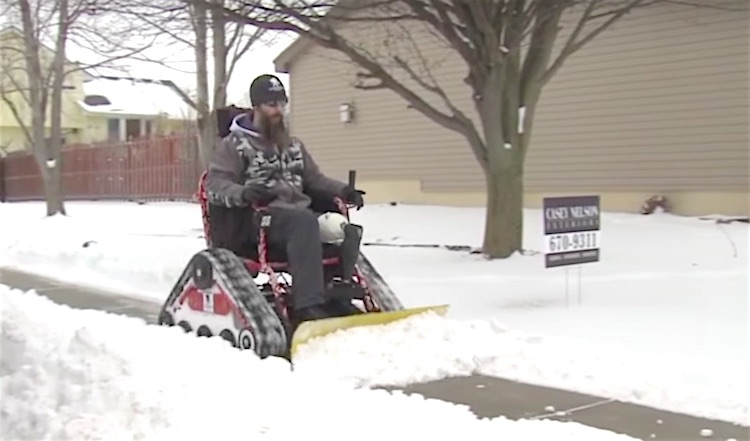 Snow Plow Wheelchair screenshot WOWT