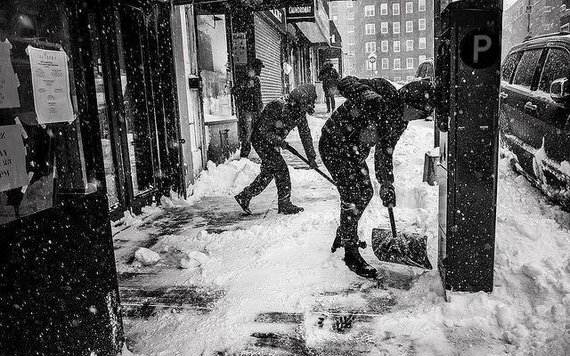 Snow shovel sidewalk CC Steve Soblick