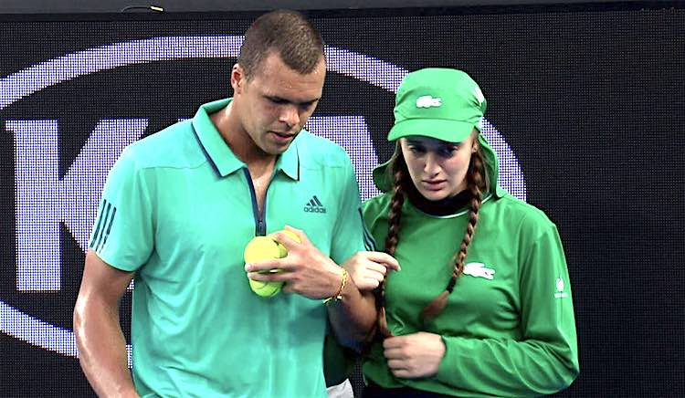tsonga helps ball girl screenshot Australian Open