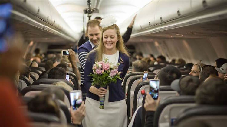 Bride Holds Wedding At 35 000ft For Mother With Cancer Who