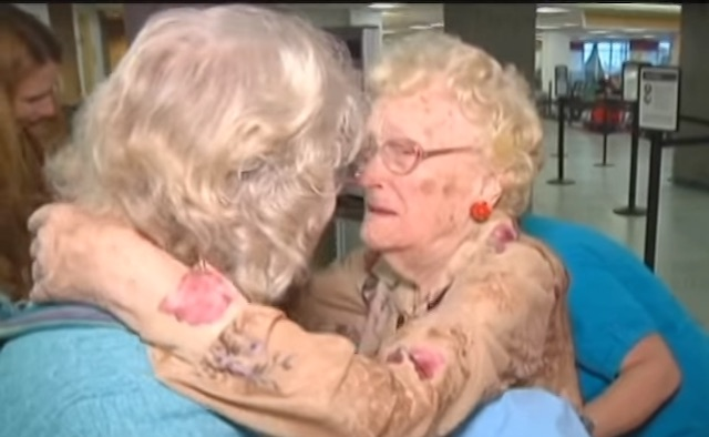 Reunited Mother and Daughter - Screenshot