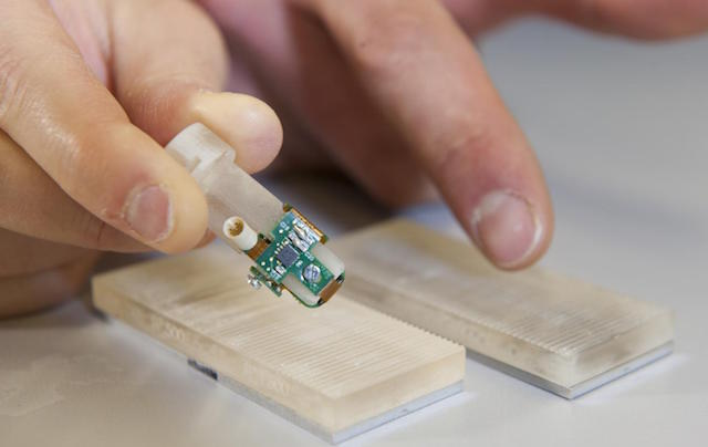 bionic fingertip-Ecole Polytechnique Federale de Lausanne