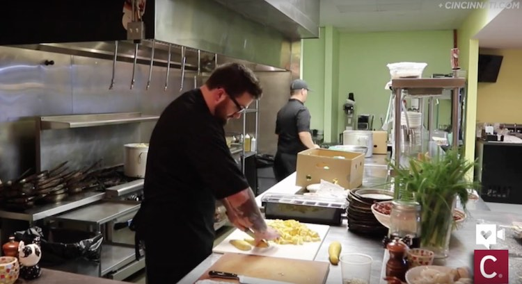 Chefs Turn Rescued Veggies Into Soup For Cincinnati Schools Homeless Good News Network