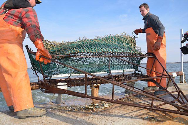 crab-dredge-MD Dept Natural Resources