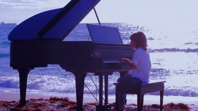 Jacob Velazquez-piano boy on beach