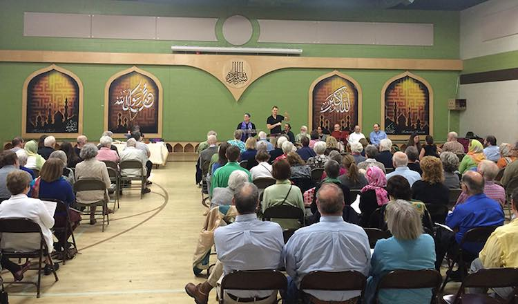 UU Lansing meets in mosque