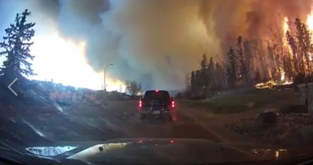 fire evacuation by car-Michel Chamberland video