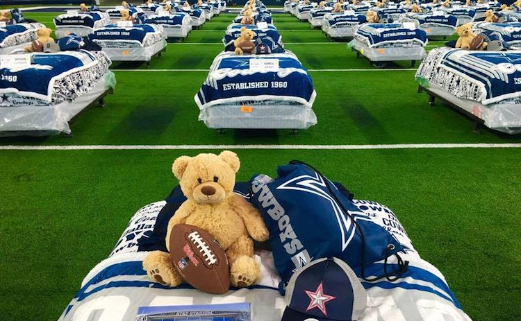Dallas cowboys bed giveaway-FB-Mary Ann Downey Kirby