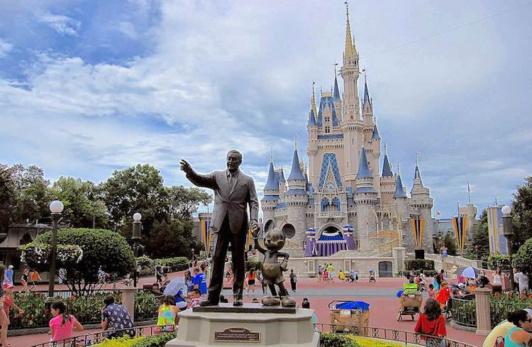 Disney world orlando walt statue-CC-Travis Wise