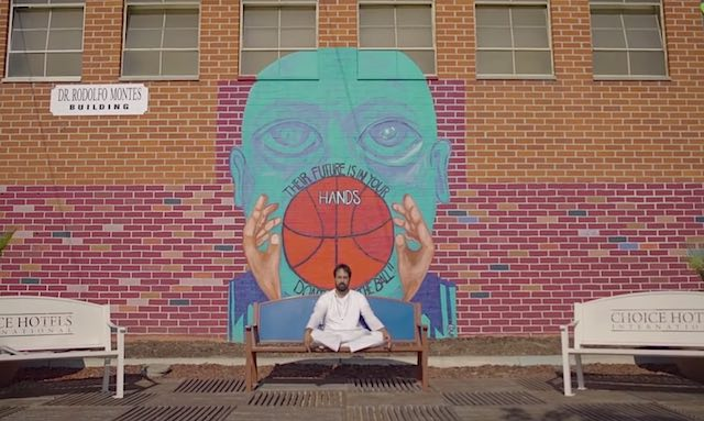 swami meditating in LA-Hooplaha video