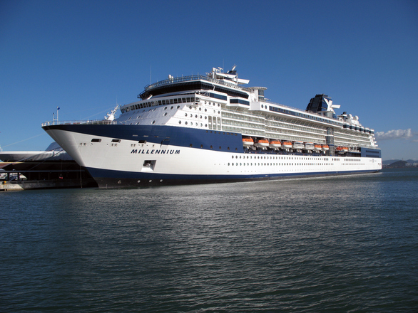 Cruise Ship FreeImages