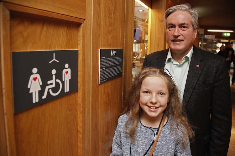 Invisible Disabilities Sign-Andrew Cowan Scottish Parliament