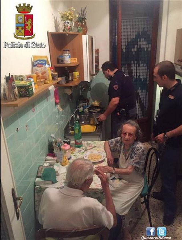 Italian Police Cooking-Facebook