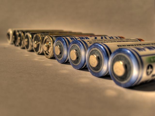 batteries-cc-razor512
