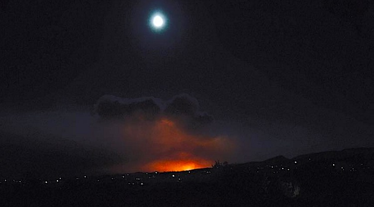 fire-and-moon-over-california-mountain-patrick-diamond-submitted