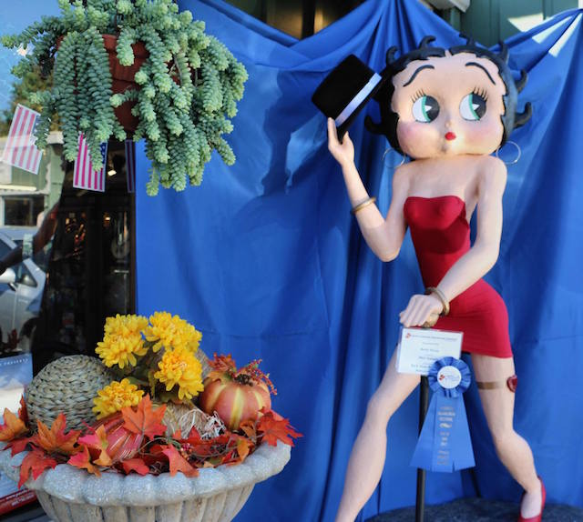 betty-boop-cambria-scarecrows-fb