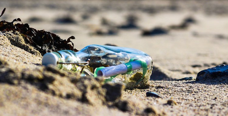 message-in-a-bottle-cc-informastern