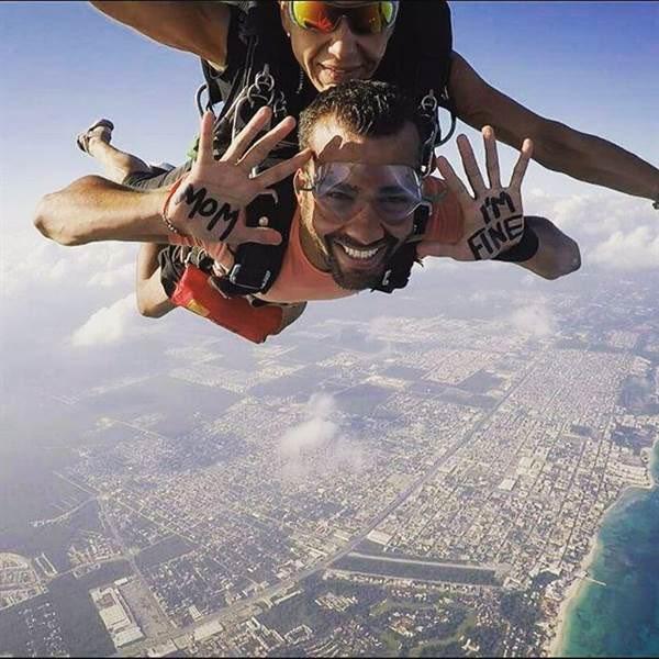 skydiving-momimfine-instagram