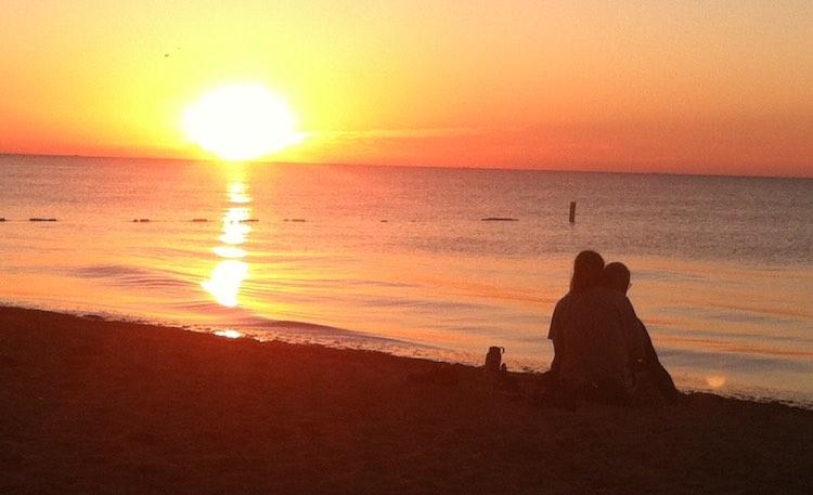 couple-at-sunrise-geri