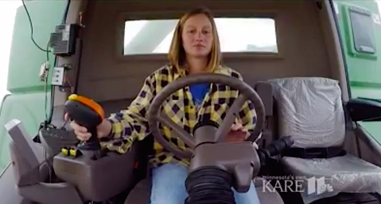 daughter-in-farm-tractor-kare-5-video