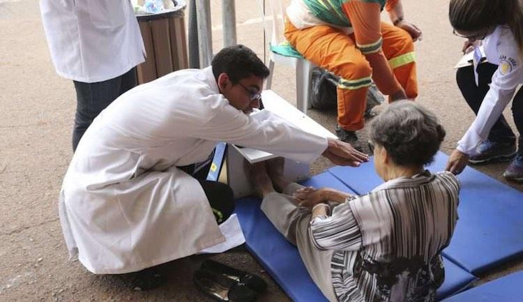 elderly-care-agencia-brasil