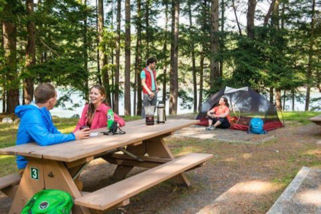 canadian-park-camping-facebook