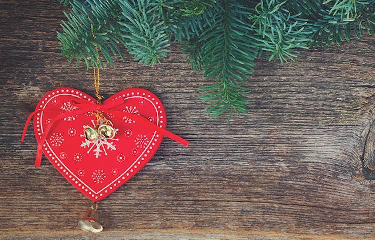 christmas-heart-brad-aronson