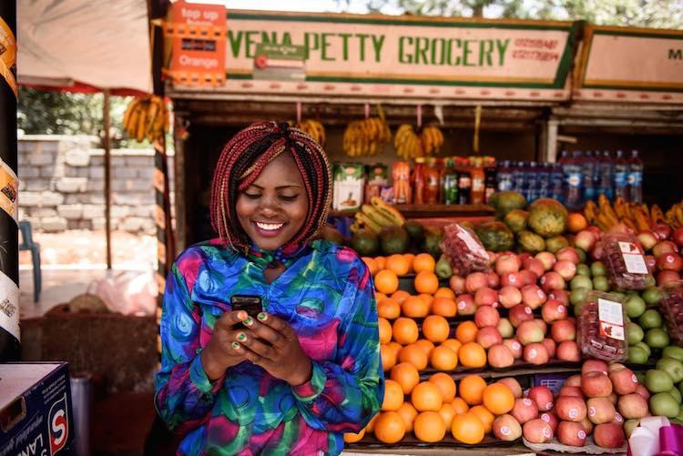 kenyan-woman-on-phone-intersect