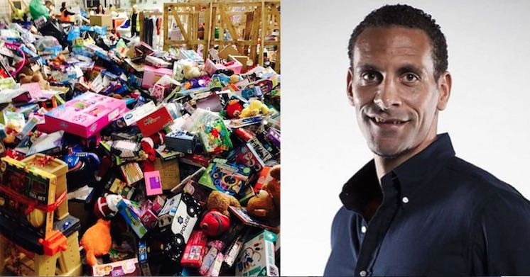 rio-ferdinand-and-toys-cash-for-kids