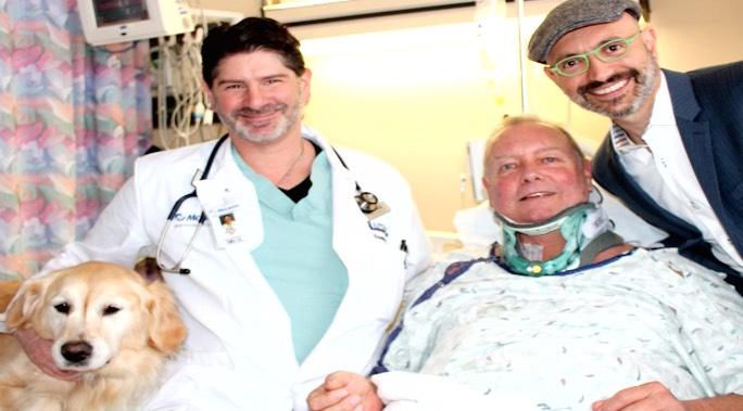Dog and Patient KCRA Seekor anjing menyelamatkan pemilik yang mengalami kecelakaan