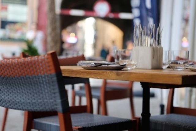 Restaurant-Public Domain