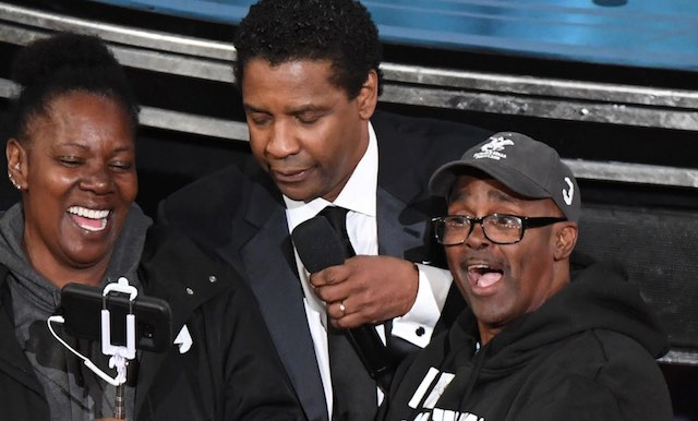 Gary from Chicago with Denzel-Oscar Broadcast