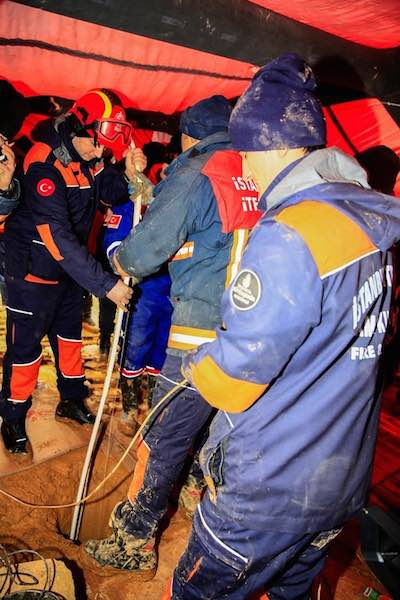 Rescuing Dog From Well-Istanbul Fire Department