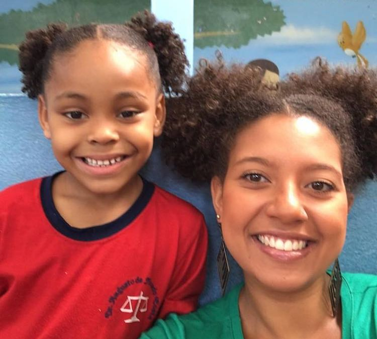 Teacher Cuts Hair to Match Student Who Was Mocked - Good