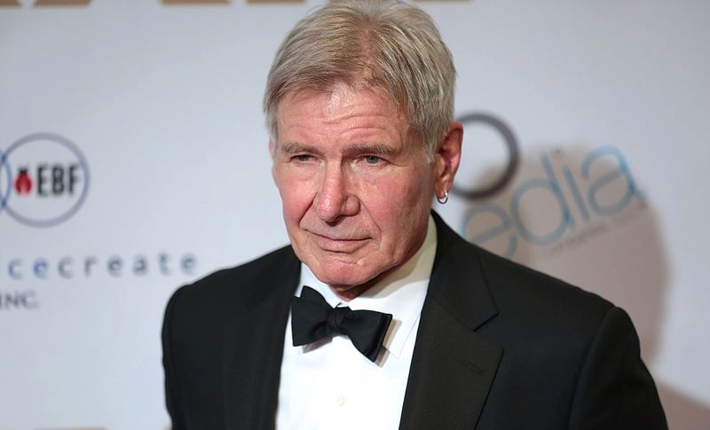 Harrison Ford helps woman after vehicle crash
