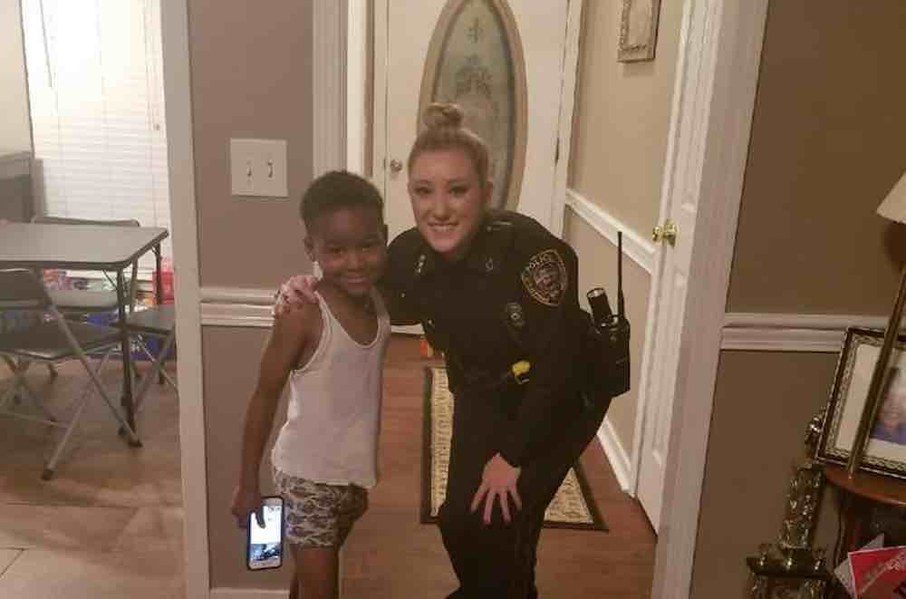 MS police hail boy as hero for calling 911 on Grinch