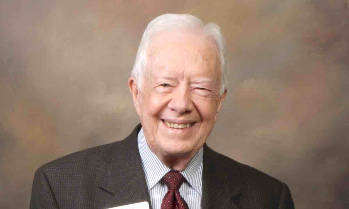 Jimmy Carter Delivers a New Clinic to Small Town That Has Been Without a Physician