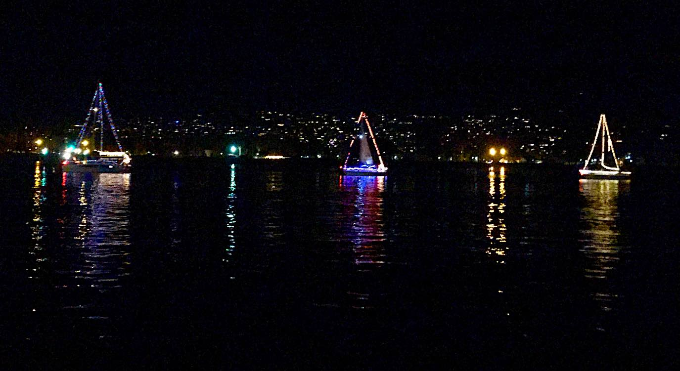 Christmas Boat Parade.After Worst California Fire And Mudslides Last Year Santa
