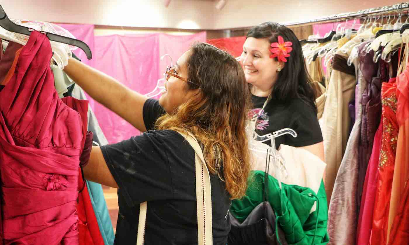7ab795d8ae This Library Gives Away Hundreds of Free Prom Dresses to High Schoolers  Saving Their Money for College