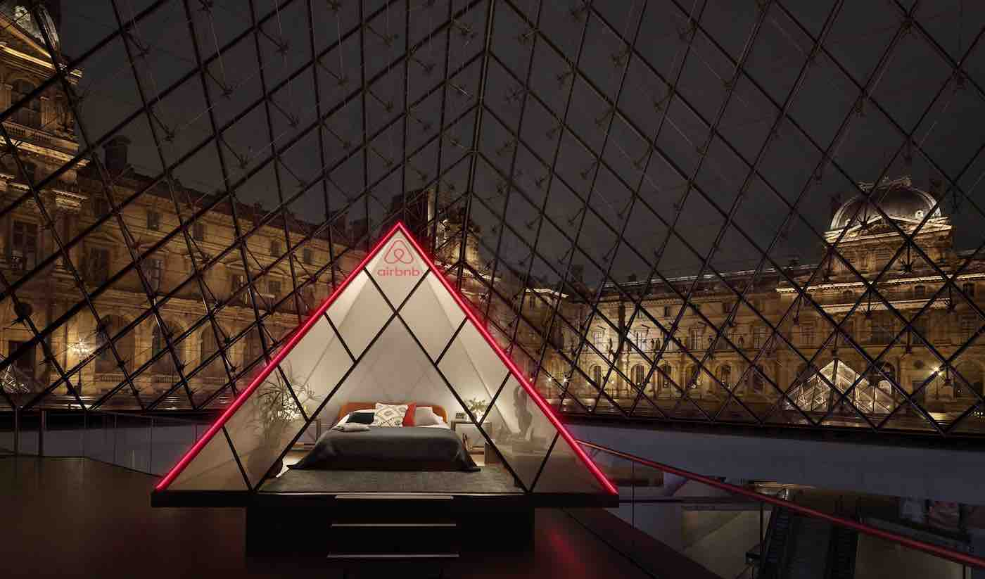 You and a Friend Could Win a Once-in-a-Lifetime Slumber Party With Mona Lisa at the Louvre